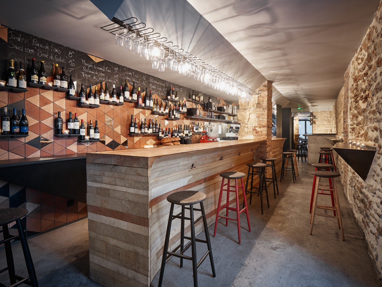 Woodwine Bar 224 Vins 224 Paris Par L Atelier Jmca Journal